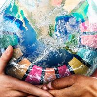 agenda-2030-glob-bars-av-hander-ljus-bildskapare-egdesign