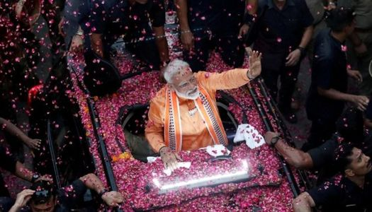 Premiärminister Modi omvald - Bild BBC News